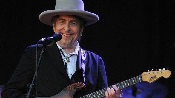 Bob Dylan publica su primer tema original en ocho años