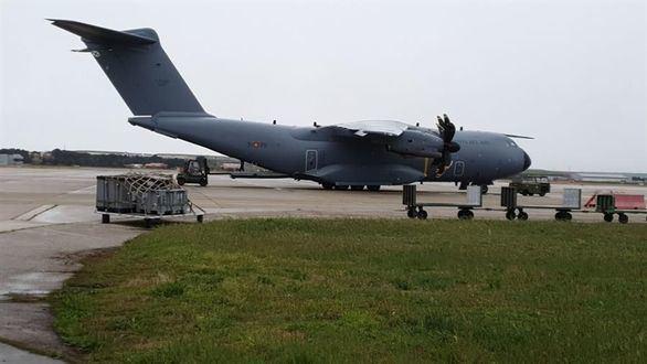 Llega el avión militar con 14 toneladas de material contra el Covid-19 procedente de China