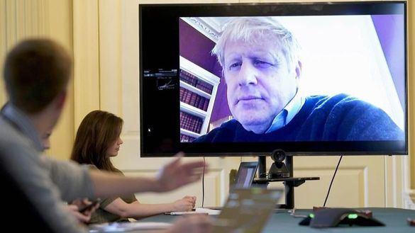 Boris Johnson, clama, ahora, contra los que se saltan la cuarentena por el Covid-19