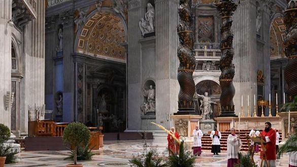 El Papa celebra un Domingo de Ramos particular en una Semana Santa sin fieles