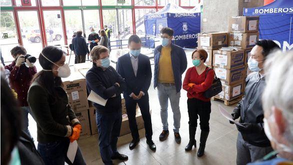 El Ayuntamiento de Madrid recibe en donaciones 100.000 mascarillas