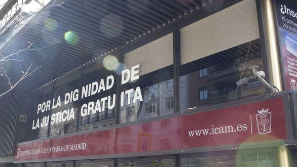 El Colegio de Abogados de Madrid recuerda que la asistencia jurídica gratuita está garantizada por la Constitución