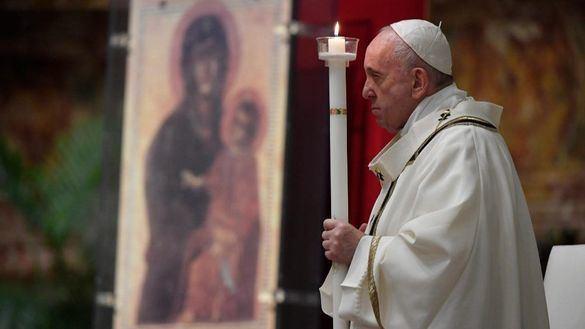 El Papa pide
