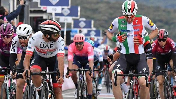 El Giro de Italia mira a octubre
