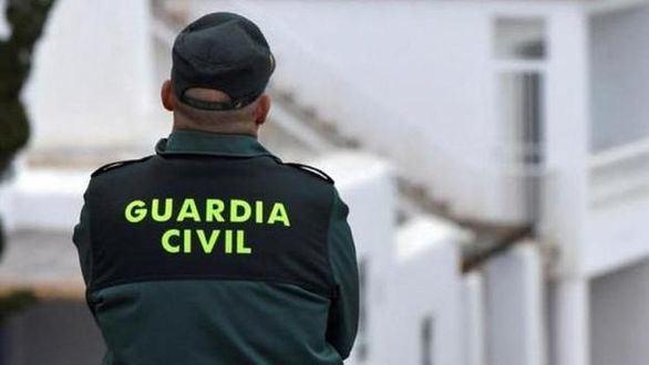 3.500 agentes contagiados, el 43,6% guardias civiles