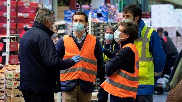 Almeida reclama a Sánchez recursos para afrontar la crisis social