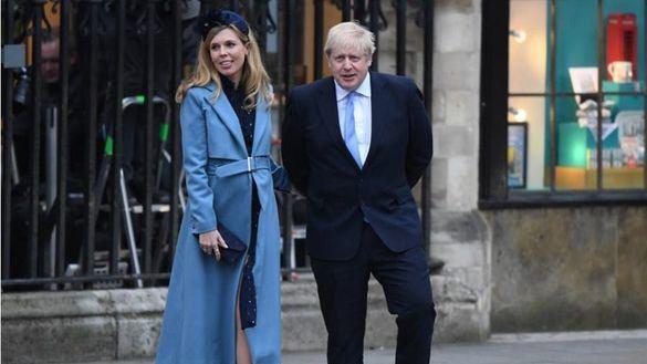 El mes de abril de Boris Johnson: coronavirus, ingreso en la UCI y padre de un niño