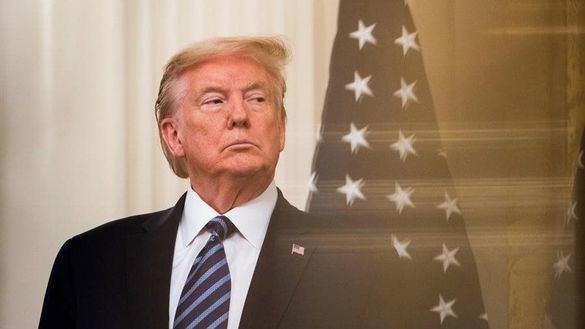 Trump dice tener pruebas de que el coronavirus se creó en Wuhan y amenaza a China con aranceles