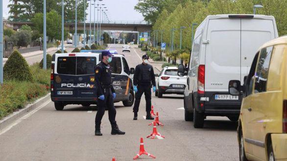 Dos detenidos en Sevilla por simular el robo de 350.000 mascarillas que ya habían vendido