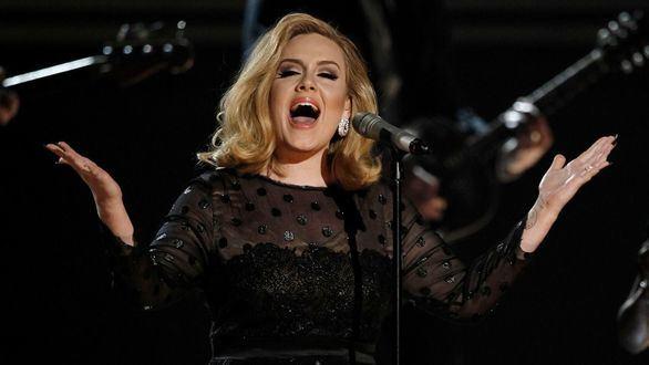 Adele revoluciona las redes sociales con su drástico cambio físico