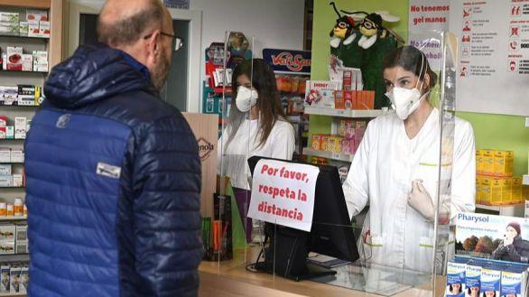 Los madrileños podrán recoger gratis una mascarilla FFP2 en la farmacia a partir del lunes