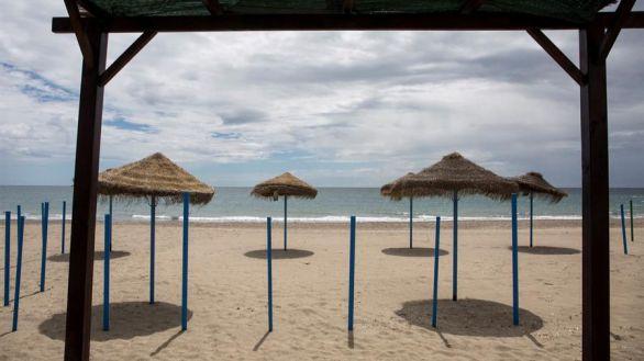 La desescalada en playas andaluzas: con aforo controlado y sin juegos