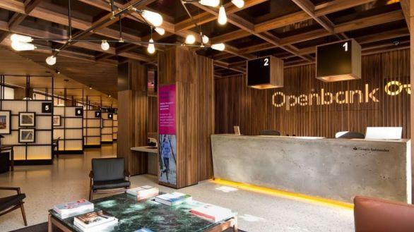 Openbank ofrece gratis a sus clientes mayores de 65 años un pack de servicios multiasistencia