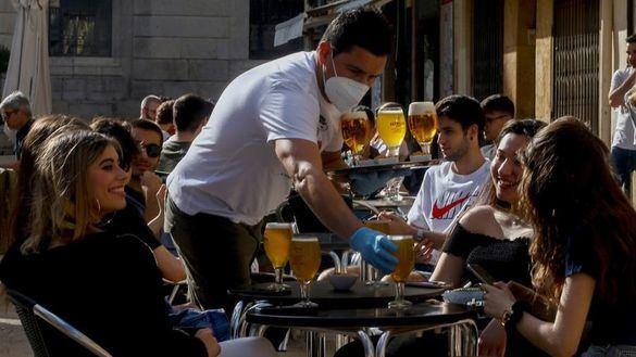 Fase 1 de la desescalada: media España trata de recuperar la normalidad