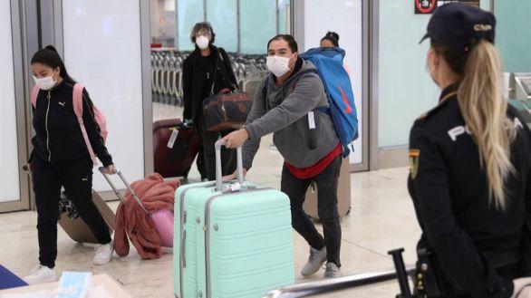 Los viajeros que lleguen a España deberán guardar una cuarentena obligatoria