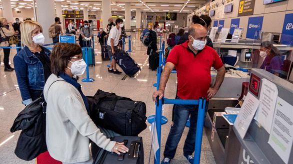 El PP duda de la viabilidad de la cuarentena para turistas extranjeros