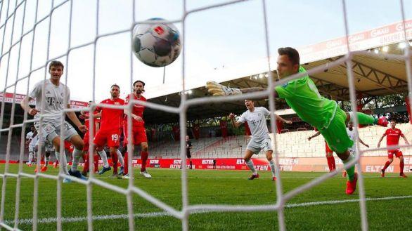Bundesliga. Lewandowski y el Bayern vuelven del parón con el rodillo