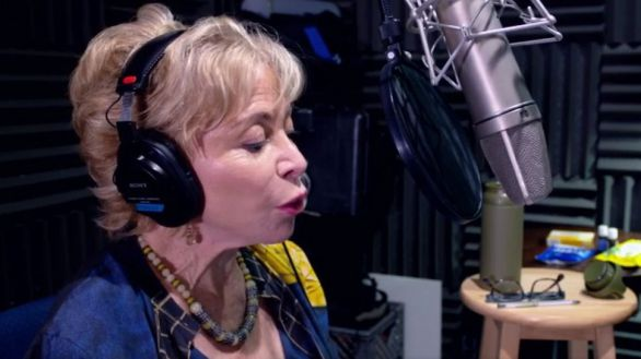 La escritora Isabel Allende durante la grabación de 'Afrodita'