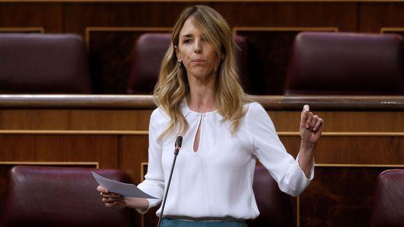 La portavoz del PP, Cayetana Álvarez de Toledo, interviene durante el debate este miércoles en el Congreso.