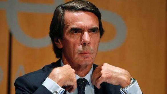 Aznar carga contra Sánchez por traspasar las