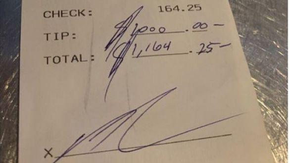 NBA. Drummond se gasta 160 dólares en un restaurante y deja una propina de 1000