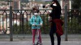 Ayuso anuncia nuevas franjas horarias para que los niños salgan a la calle en Madrid