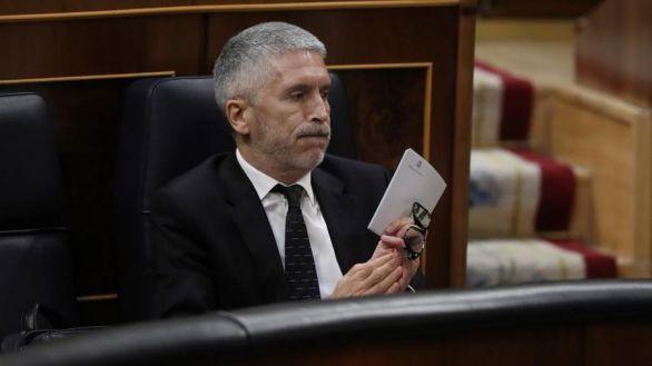 Marlaska niega conocer el informe del 8-M y ve falta de neutralidad en la cúpula de la Guardia Civil