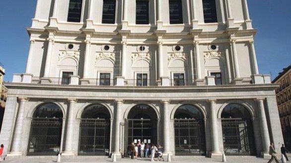 El Teatro Real reabrirá sus puertas el 1 de julio con 'La Traviata'