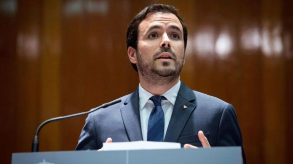 Garzón insiste en la modernización del turismo: