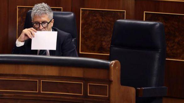 Sánchez sugiere que Pérez de los Cobos pertenece a la policía patriótica