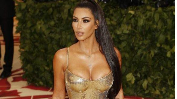 La Fiscalía de París pide juzgar a los 12 implicados en el multimillonario atraco a Kim Kardashian