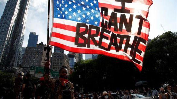 Nueva York propone leyes contra la brutalidad policial y Trump, su plan 'contra el racismo'