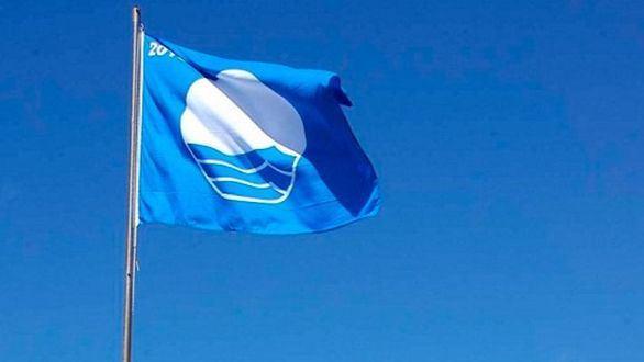 España luce 589 banderas azules en sus playas en un verano marcado por el Covid-19