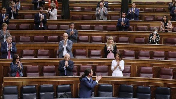 El Gobierno aprueba el Ingreso Mínimo Vital con el apoyo del PP y la abstención de Vox