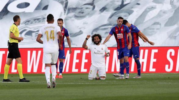 El Real Madrid se estrena en el Alfredo Di Stéfano con un triunfo ante el Eibar |3-1