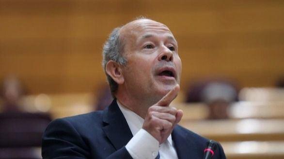 El PP pregunta de quién depende la Fiscalía y Campo le acusa de