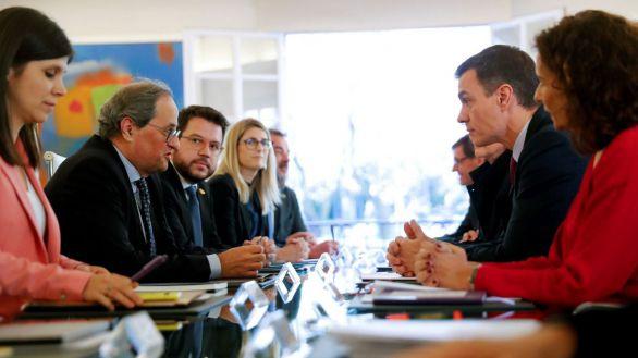 El Gobierno y ERC buscan fecha en julio para retomar la mesa de diálogo