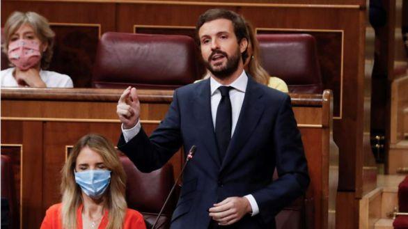 Casado ofrece pactos de Estado y Sánchez le ataca por su actitud en la Unión Europea