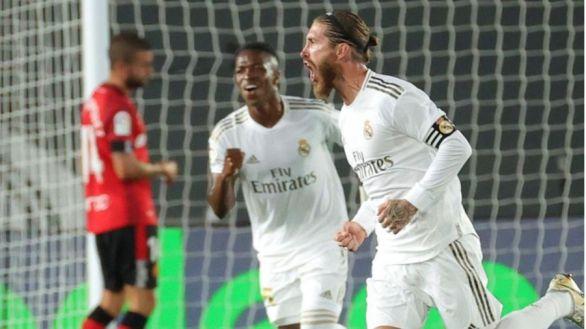 El Real Madrid cumple ante el Mallorca y mantiene el liderato |2-0