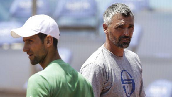 Prosigue el escándalo: el entrenador de Djokovic también da positivo por Covid-19