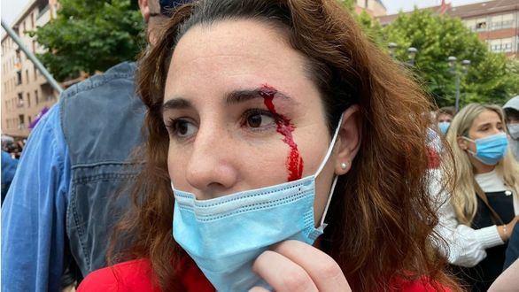 Mitin de Vox en Sestao: agresiones, cargas y pedrada a la diputada Rocío de Meer