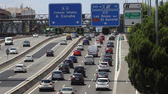Vuelven los atascos tras permitirse la libre movilidad por toda España