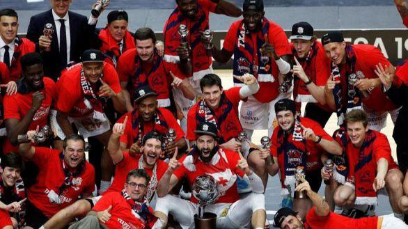 ACB. El Baskonia sorprende al Barcelona y es campeón de Liga
