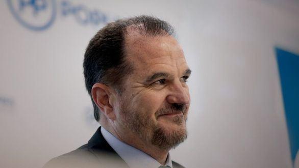 Carlos Iturgaiz: