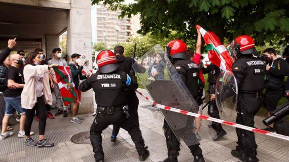 Nuevos altercados en el cierre de campaña de Vox en el País Vasco