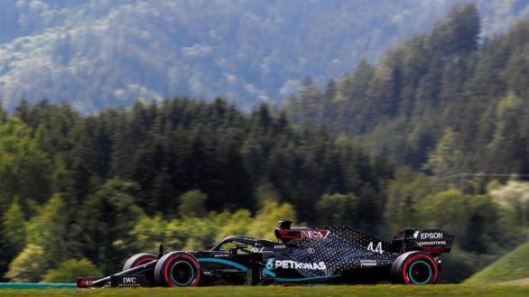 GP Estiria. Hamilton se estrena y Carlos Sainz firma su primera vuelta rápida
