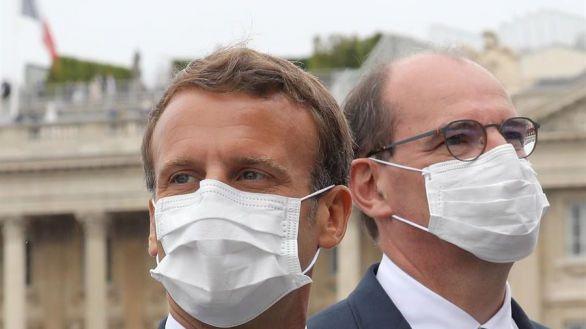 Francia impondrá la mascarilla en todo lugar público cerrado