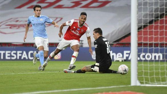FA Cup. El City, rival del Madrid en Champions, se la pega ante el Arsenal | 0-2