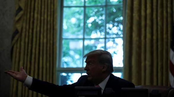 Trump avisa de que la pandemia empeorará en EEUU y pide ahora llevar mascarilla: