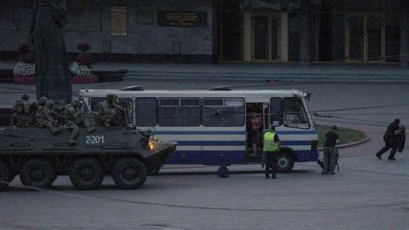 Liberados los rehenes del secuestrador de un autobús en Ucrania tras doce horas